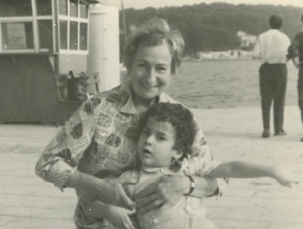 1964. god. - Rovinj - Dragan sa baka Anom (sin i majka Aleksandra Petrovića)
